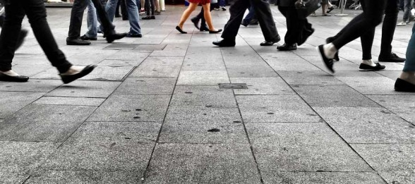 The Likeways Approach to Urban Navigation: Using Social Media to Support a City's Walkability